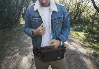 Tas pinggang waist bag