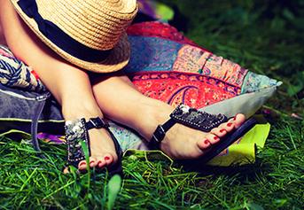 Alas kaki wanita