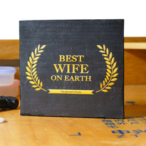 Pajangan Meja Best Wife Award