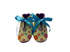 Sepatu Bayi Bunga-Bunga Pita Biru