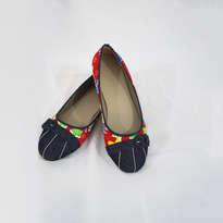 Sepatu Batik Merah Denim
