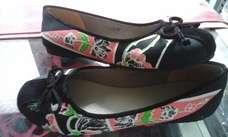 Sepatu Batik Black Pink