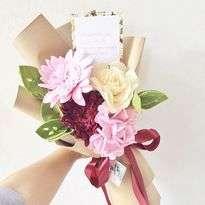 Bunga Flanel Gerberra Daisy, Vanilla Gardenia, and Pink Hydrangea